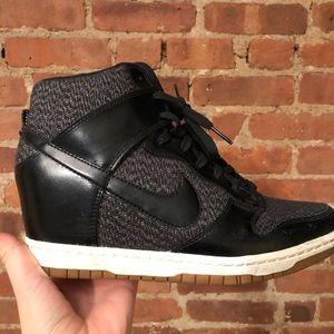Nike Dunk Sky Hi Mesh Sneaker